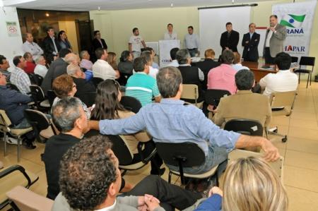 Convênio entre Prefeitura e Cohapar garante construção de 50 casas em Andirá